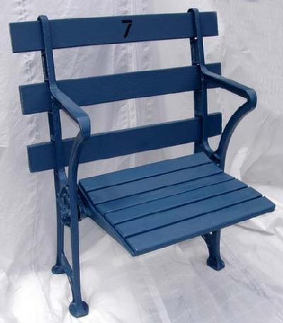 New York Yankees Single Straight Back Restored Stadium Seat   Circa 1920u0027s  And Comes With Certificate